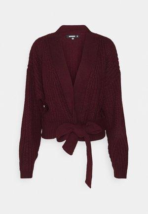 BELTED CARDIGAN - Cardigan - burgundy