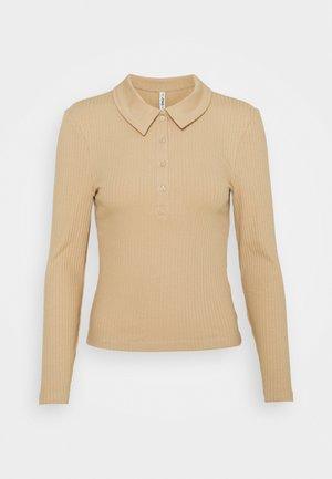 ONLUMA LIFE PETIT - Polo shirt - humus