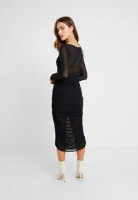 Missguided Petite - RUCHED MIDI DRESS - Vestido de cóctel - black - 3