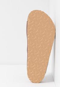 Birkenstock - ARIZONA SOFT FOOT BED - Domácí obuv - antique pull espresso - 4