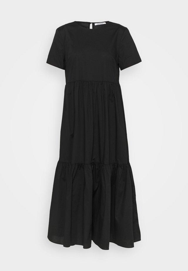 SHORT SLEEVE TIERED MIDI DRESS - Korte jurk - black