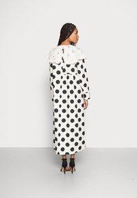 Love Copenhagen - DOTANA DRESS - Shirt dress - black white dot - 2