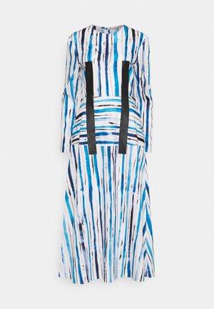 STRIPE DRESS - Freizeitkleid - ink blue