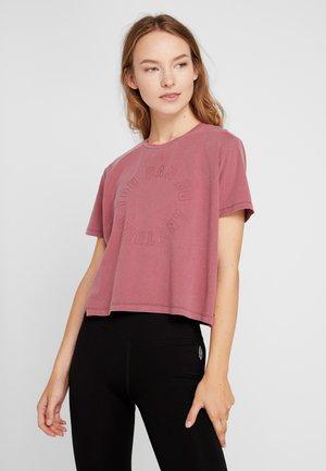 ACTIVE PLACEMENT - Print T-shirt - rose sangria