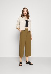 Even&Odd - Wide cropped leg Chino - Trousers - camel - 1