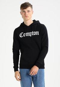 Mister Tee - COMPTON  - Hoodie - black - 0