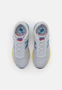 New Balance - ARISHI WELCRO UNISEX - Neutral running shoes - grey - 3