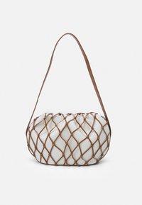 Rejina Pyo - SONNY BAG - Handbag - ivory/brown - 1
