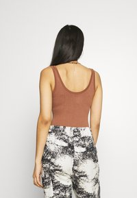 BDG Urban Outfitters - DREW SCOOPNECK - Top - chocolate - 2
