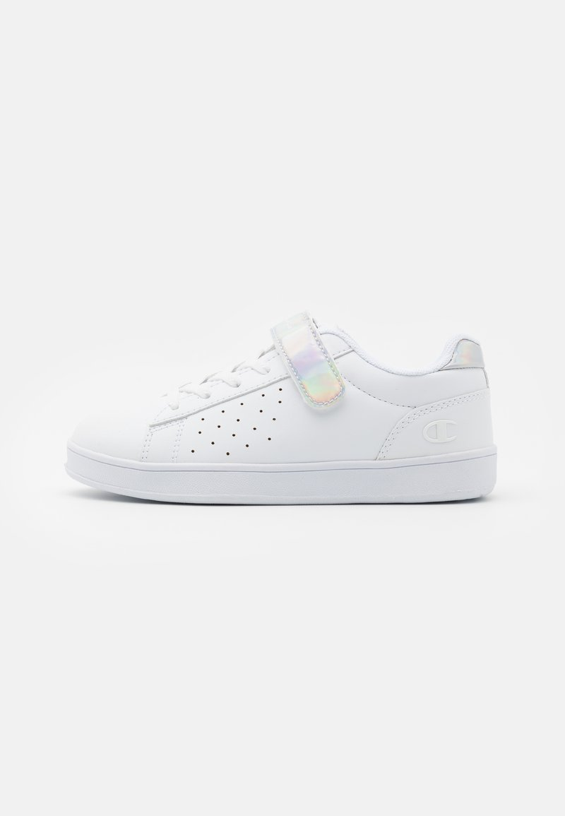 Champion - LOW CUT SHOE ALEXIA UNISEX - Sports shoes - white