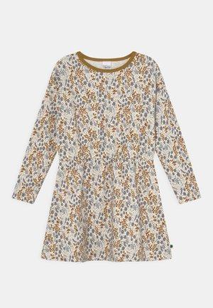 BOTANY DRESS - Denní šaty - buttercream