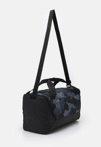 Nike Performance - S DUFF UNISEX - Treningsbag - smoke grey/black/white - 1