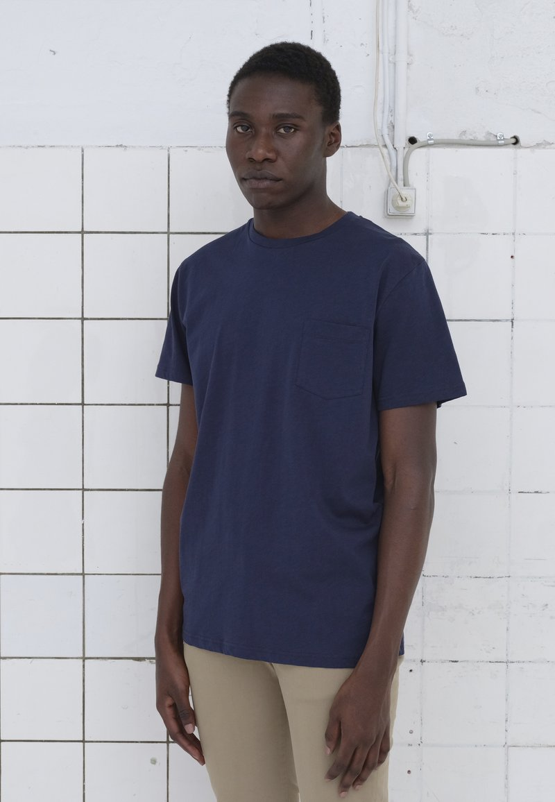 BY GARMENT MAKERS - T-shirt basic - dark blue