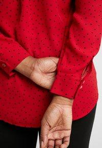 New Look Curves - PRINT - Skjortebluser - red - 5