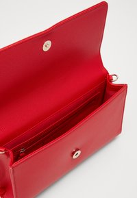 Valentino Bags - DIVINA - Clutch - rosso - 2