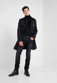 HUGO - Slim fit jeans - charcoal - 1