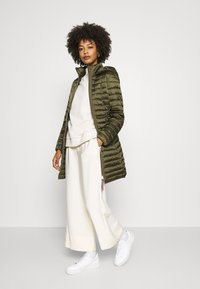 Tommy Hilfiger - COAT - Light jacket - army green - 1