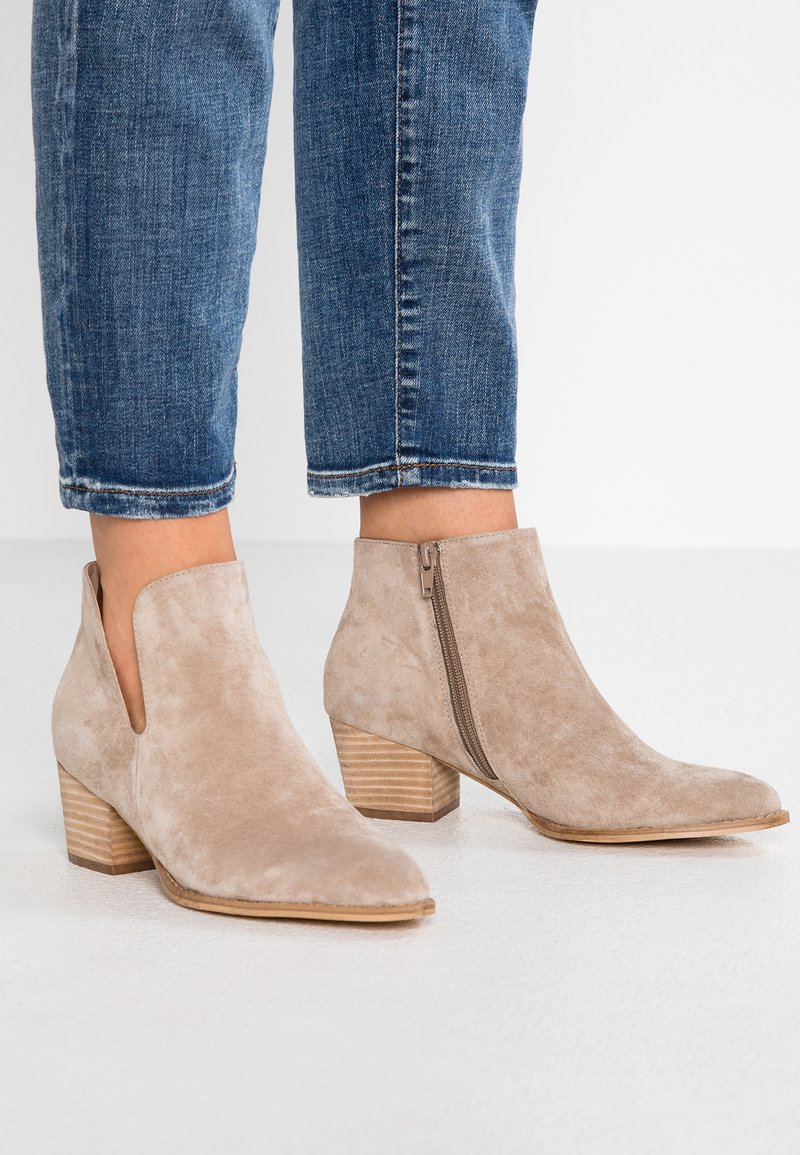 Anna Field - LEATHER CLASSIC ANKLE BOOTS - Støvletter - taupe