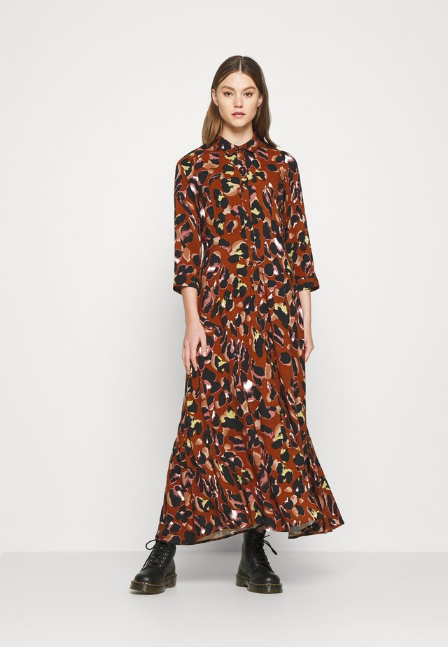 YASSAVANNA ANIMAL LONG DRESS - Vestido largo - arabian spice