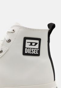 Diesel - S-ASTICO MID CUT - Baskets montantes - white - 5