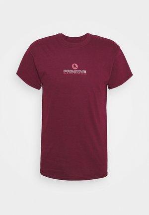 ITACHI TEE - Print T-shirt - burgundy