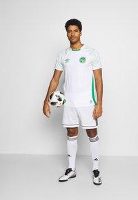 Umbro - CHAPOCOENSE AWAY - Club wear - white/green - 1