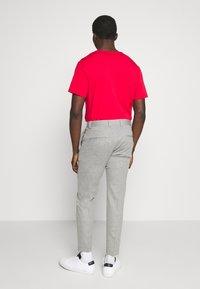 Cinque - CIJUNO TROUSERS PLEATS - Trousers - grey - 2