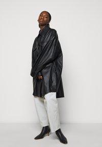 MM6 Maison Margiela - Short coat - black - 5