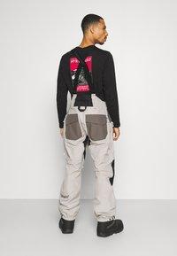 Burton - GORE BANSHY - Pantaloni da neve - castlerock multi - 2