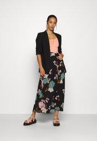 ONLY - ONLNOVA LUX LONG SKIRT  - Maxi skirt - black - 1