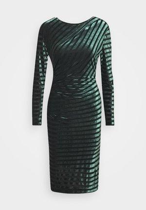 IZLA - Pouzdrové šaty - dark green