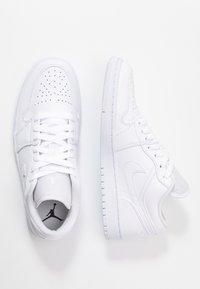 Jordan - AIR 1  - Sneakers basse - white - 3