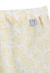 Wheat - Shorts - lemon flowers - 2