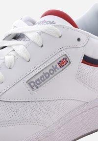 Reebok Classic - CLUB - Trainers - white - 5