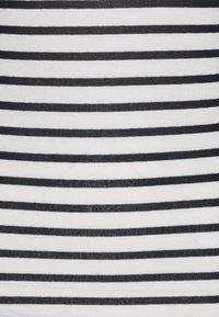 ONLY - ONLELCOS STRIPES - Print T-shirt - cloud dancer/navy - 2
