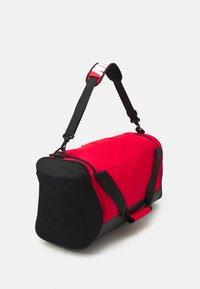 Nike Performance - 60L UNISEX - Treningsbag - university red/black/white - 2