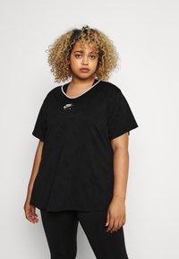 Nike Performance - W NK AIR  - T-shirts med print - black/silver - 0