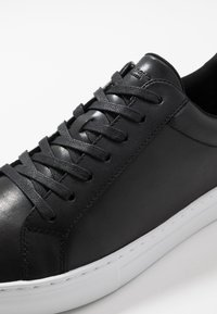 Vagabond - PAUL - Sneakersy niskie - black
