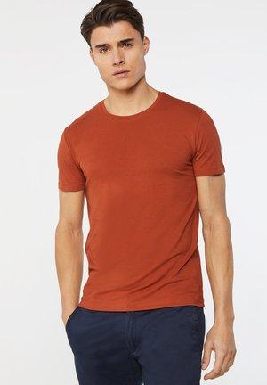 T-shirt basic - rust brown