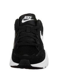 Nike Sportswear - AIR MAX FUSION - Trainers - black / white - 6