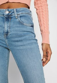 River Island - Flared jeans - light auth - 5