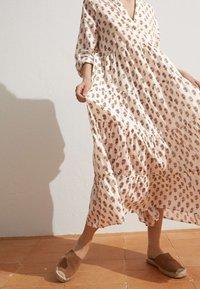 OYSHO - Day dress - white - 4