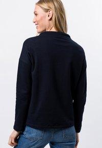 zero - MIT STEHKRAGEN - Sweatshirt - dark blue - 2