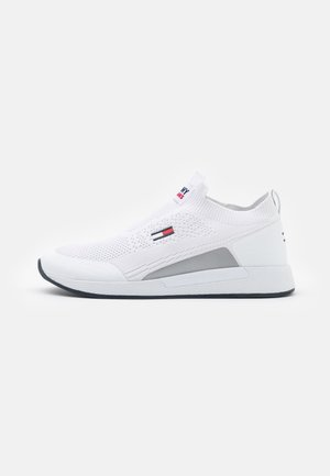 FLEXI SOCK RUNNER - Sneakers basse - white