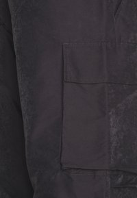 Wood Wood - HALSEY TROUSERS - Reisitaskuhousut - dark grey - 2