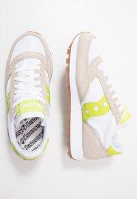 Saucony - JAZZ VINTAGE - Sneakers basse - white/citron - 1