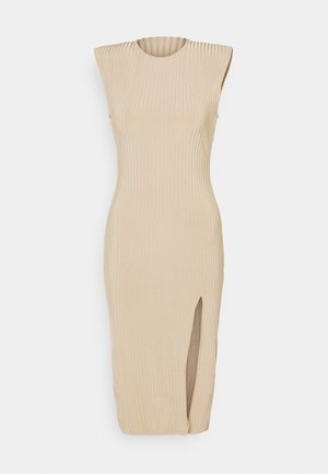 MIDAXI SIDE SPLIT DRESS - Pletené šaty - beige