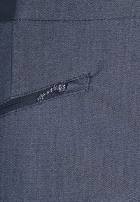 Salomon - WAYFARER ALPINE - Długie spodnie trekkingowe - mood indigo/white - 2
