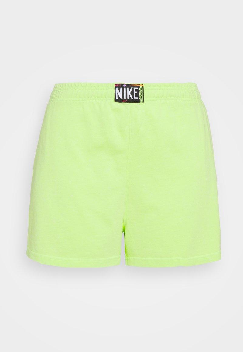 Nike Sportswear - WASH - Shorts - ghost green