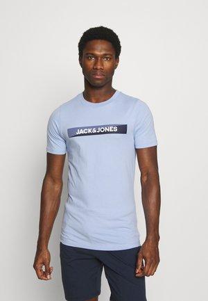JACTREVOR TEE - Pyjama top - serenity